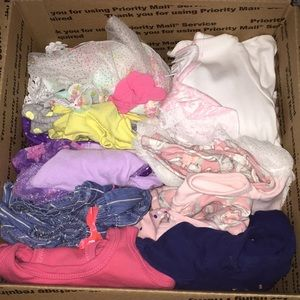 6-9 month girl outfit lot bundle Carter's